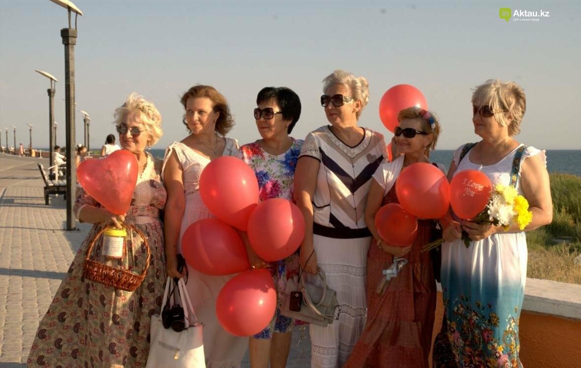 Жительницы Актау рассказали, что для них означает быть женственной. Видео, фото-1
