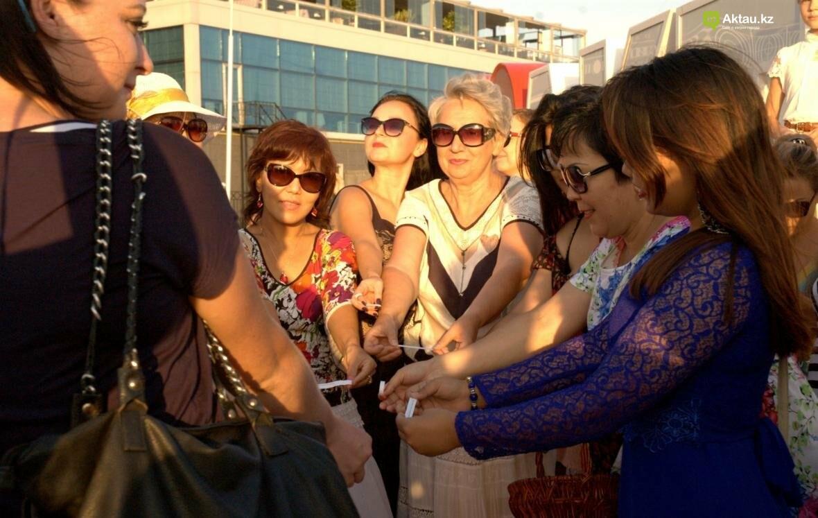 Жительницы Актау рассказали, что для них означает быть женственной. Видео, фото-9