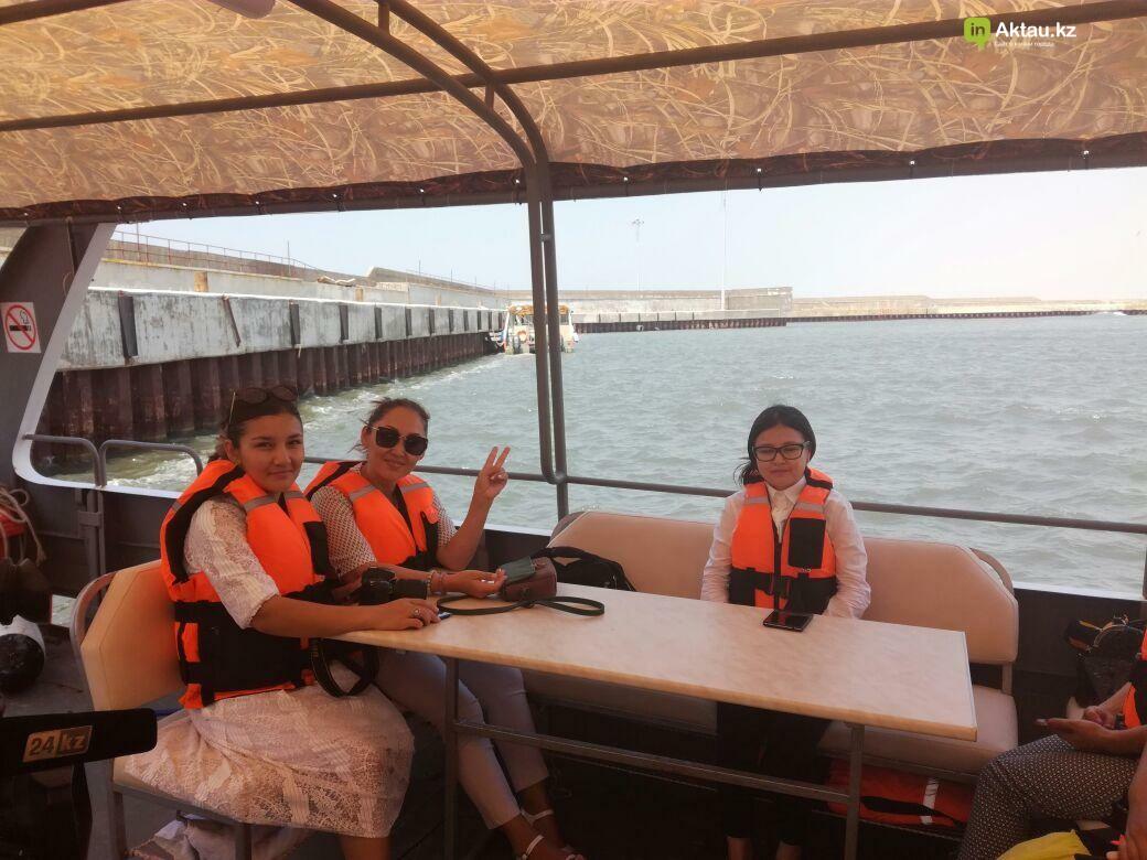В Актау открываются экскурсионно-прогулочные туры на судне-катамаране (Видео), фото-3