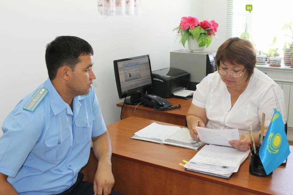 Сотрудники прокуратуры помогают в спасении жизни матерей и детей Мангистау, фото-3