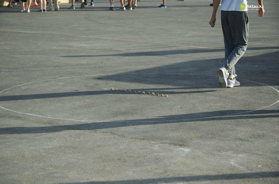 Молодежь Актау выпила шубат на скорость (Видео), фото-12