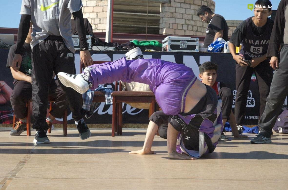 Казахстанские брейкдансеры боролись за звание лучших в Актау (Фото), фото-10
