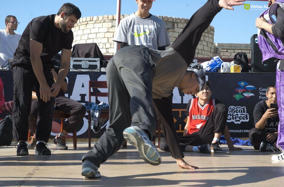 Казахстанские брейкдансеры боролись за звание лучших в Актау (Фото), фото-5