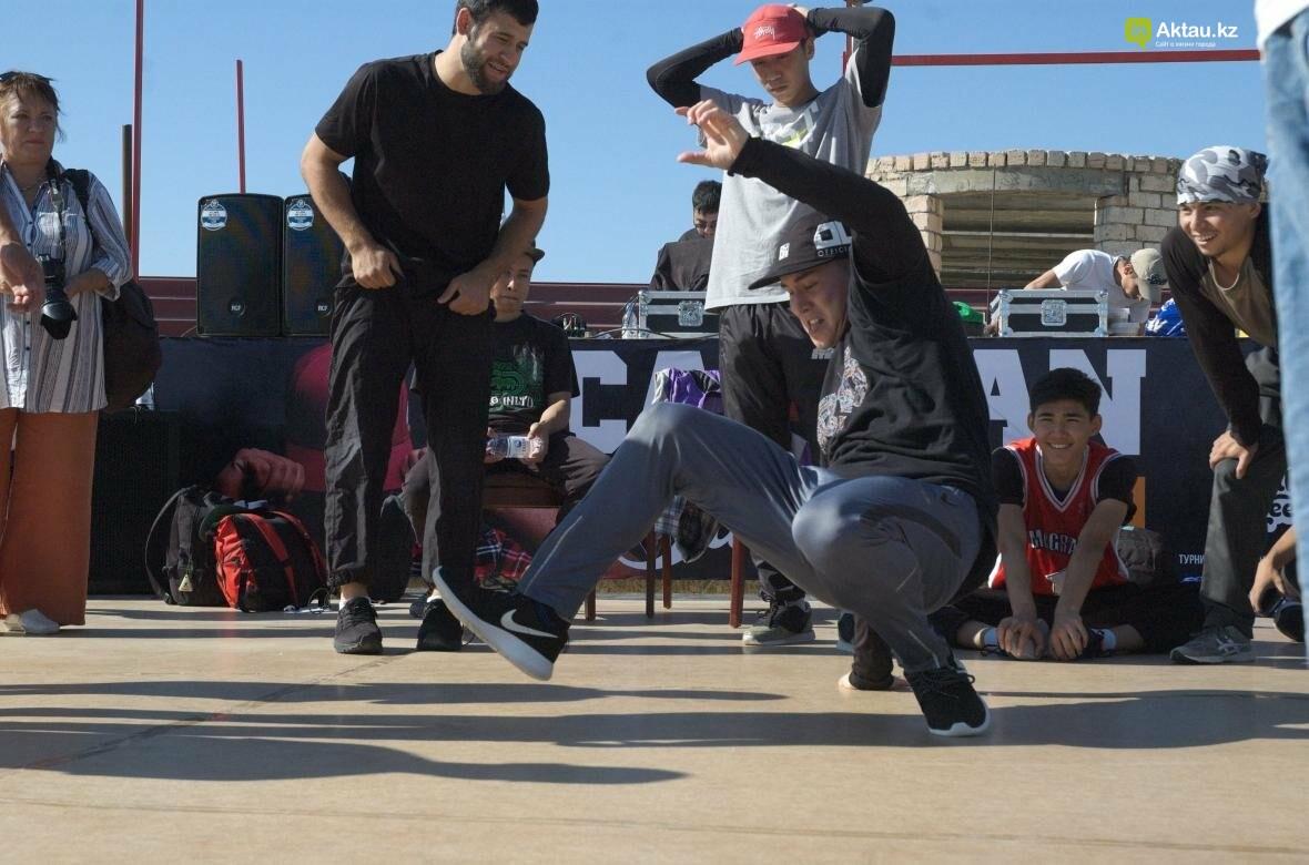 Казахстанские брейкдансеры боролись за звание лучших в Актау (Фото), фото-14