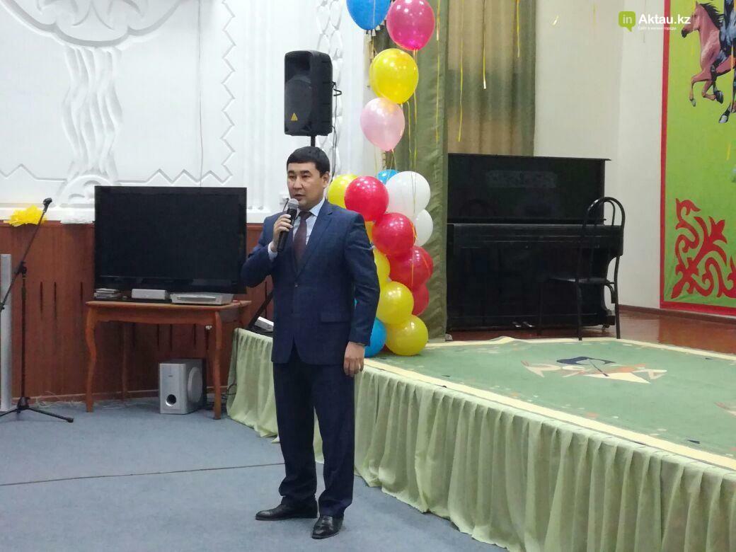 Госслужащие Актау провели благотворительную акцию для пожилых, фото-4