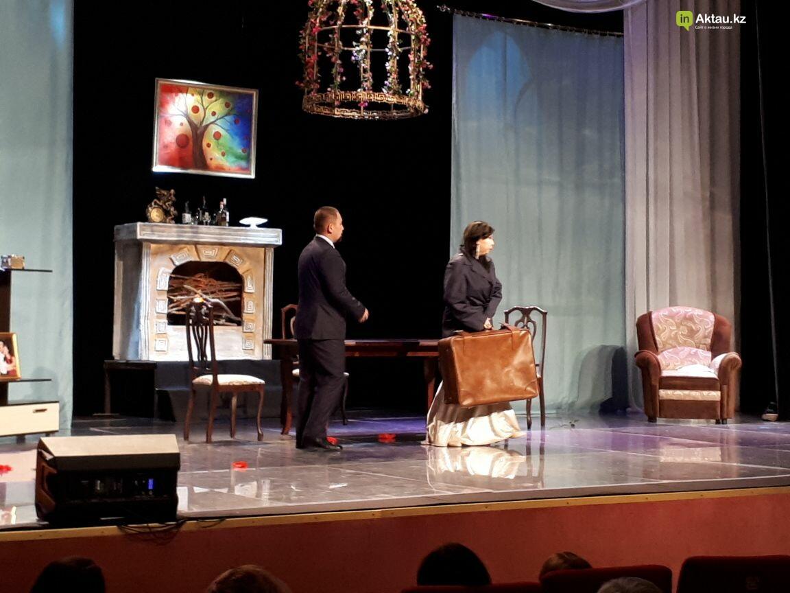 """Зрителям Актау представили премьеру спектакля """"Продайте мужа"""" (Фото), фото-10"""
