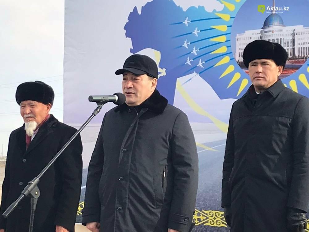 """В Мангистау начаты работы по реконструкции дороги """"Жетыбай-Жанаозен"""", фото-1"""