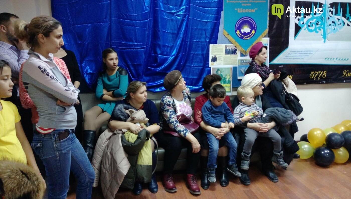 Жители Актау отпраздновали Хануку (Видео), фото-7