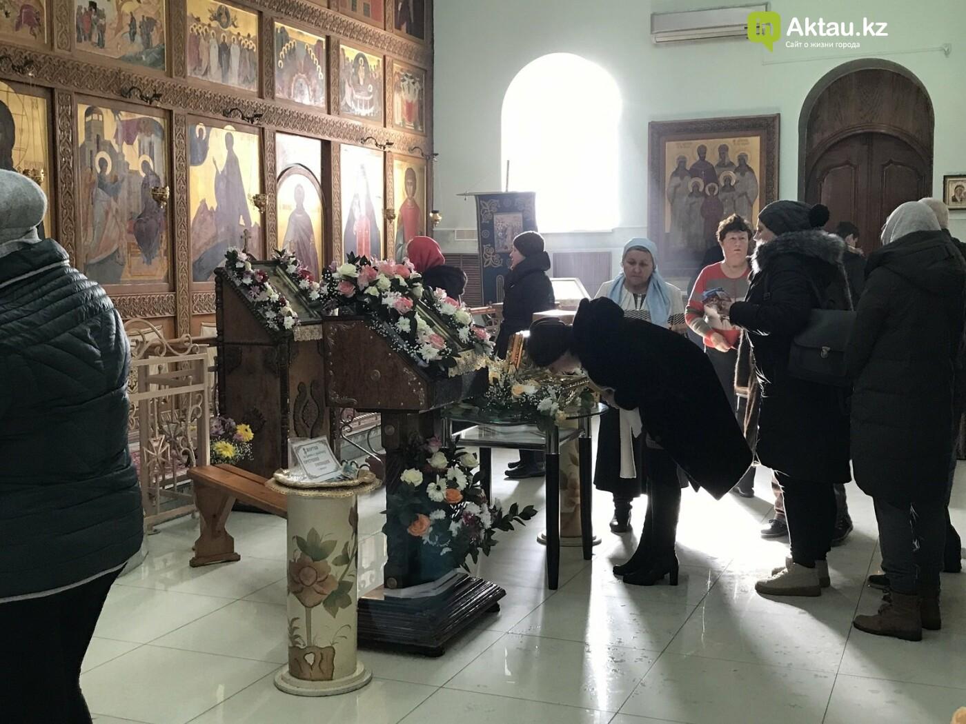 Актаусцы приложились к мощам Блаженной Матроны Московской, фото-1