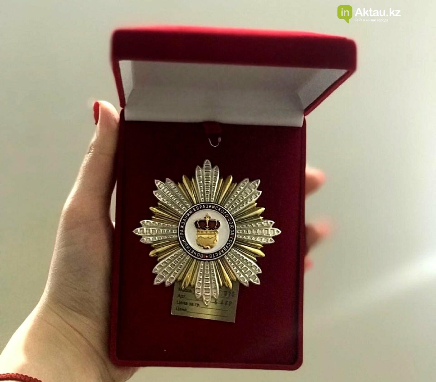 Детский хирург из Актау Зураб Цхадая получил награды в Москве, фото-1