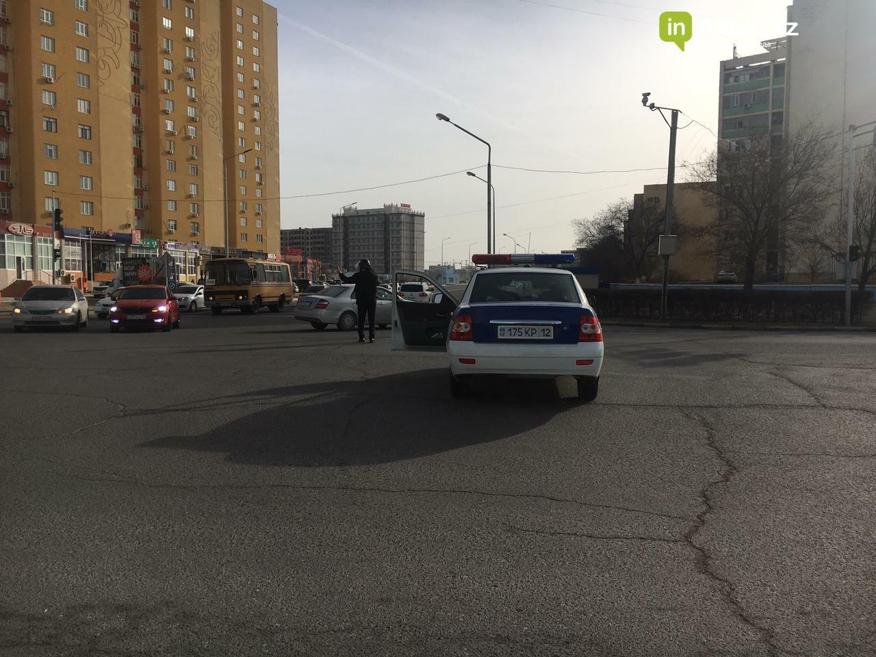 В Актау временно перекрыли дорогу возле ЦОНа между 13 и 15 микрорайонами, фото-2