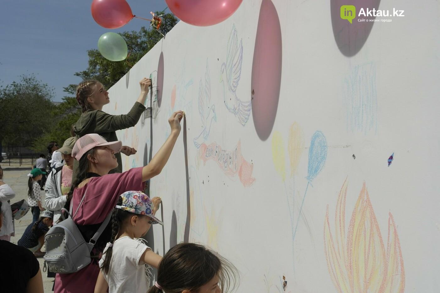 Стену Памяти своими руками создали школьники Актау, фото-1