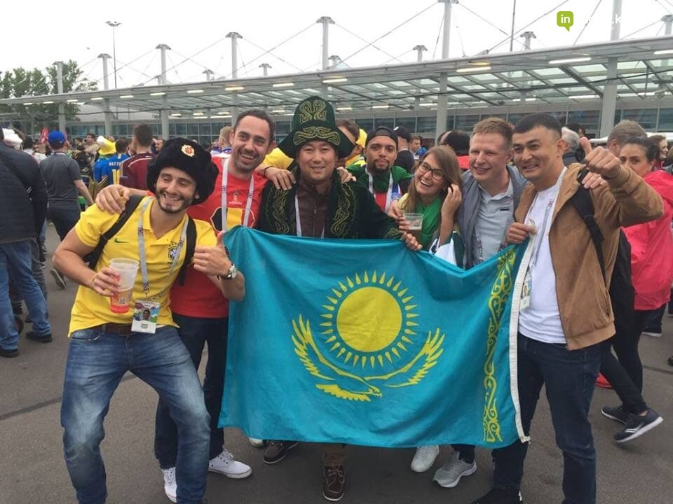 Актаусцы добрались до самого знаменитого бразильца на ЧМ-2018 (ФОТО), фото-3