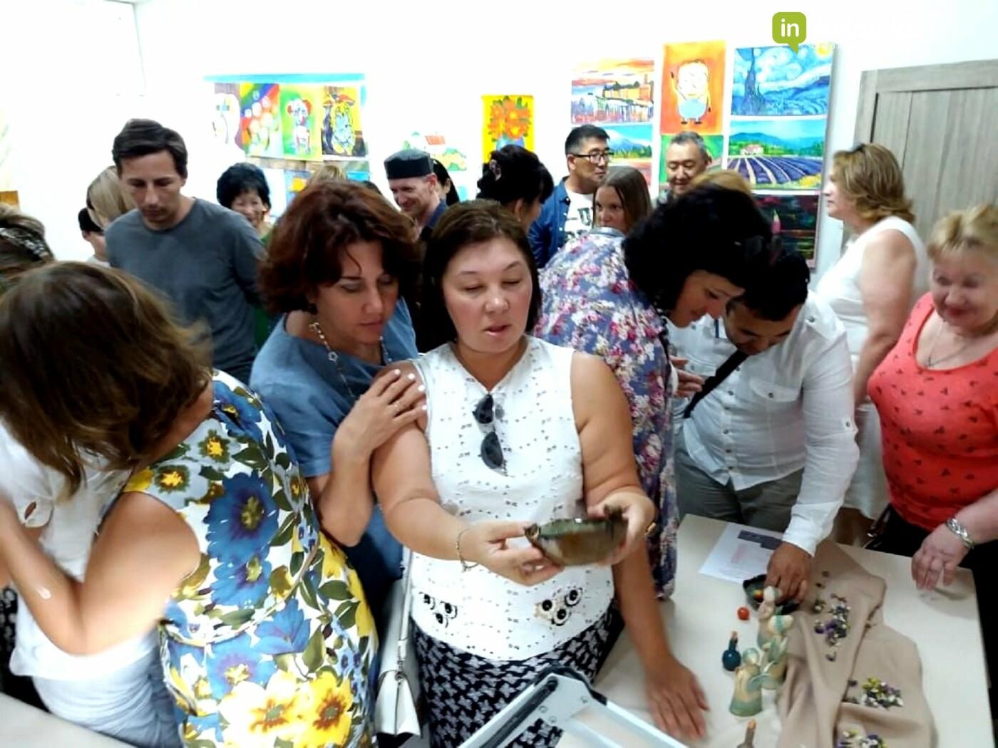 """""""Цвет имен"""": выставка керамических изделий прошла в Актау , фото-2"""