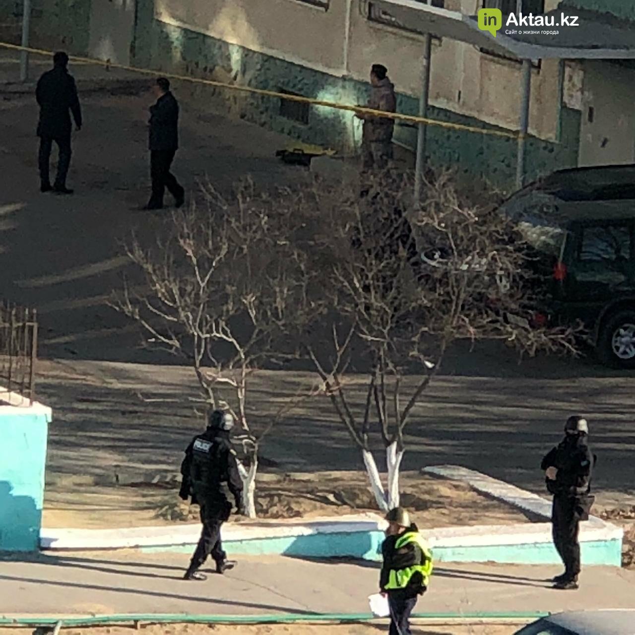 Черный чемодан встревожил жильцов пятиэтажки в Актау, фото-2