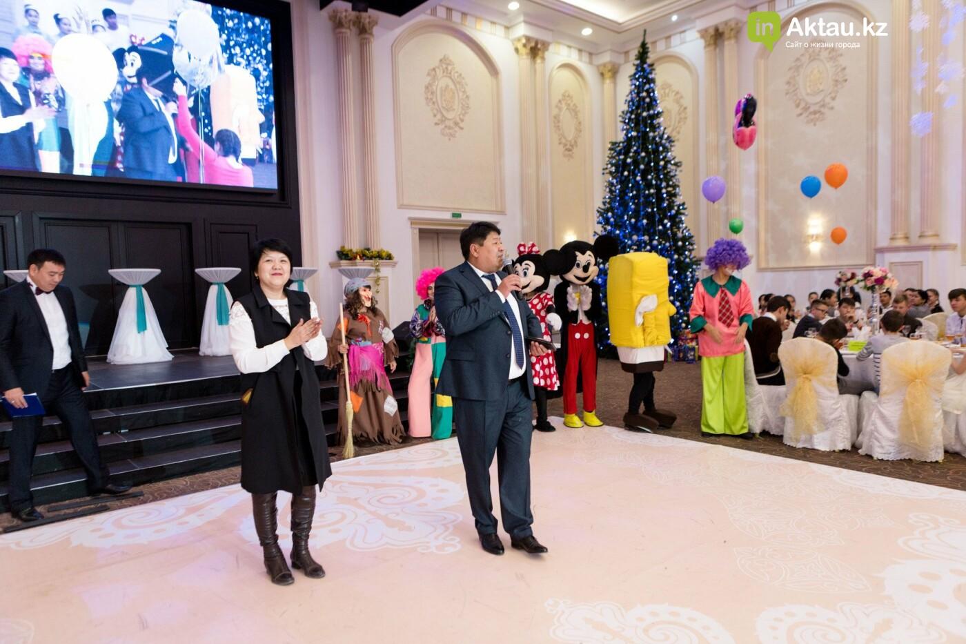 Новогодний праздник устроили детям из малоимущих семей в Актау, фото-5