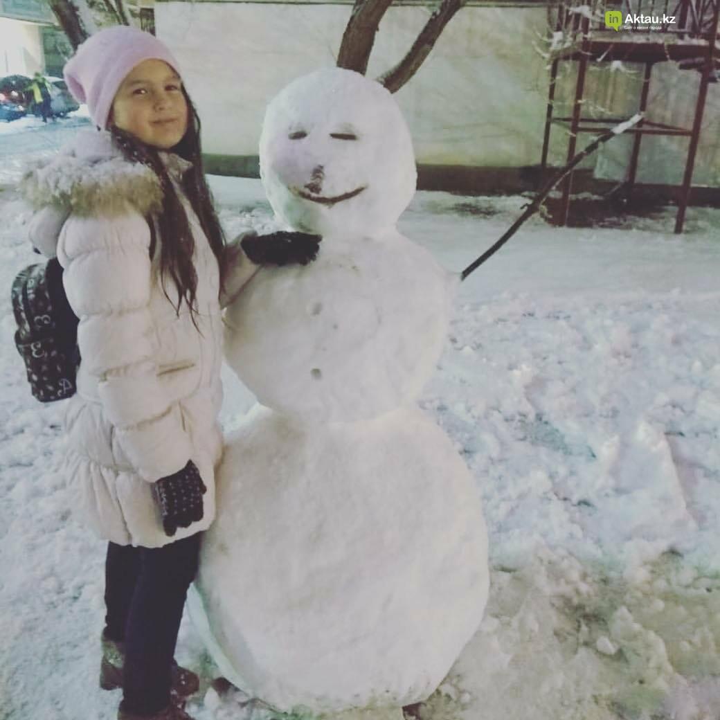 Снеговики и снежные бабы: как актаусцы развлекались 1 января (ФОТО), фото-2