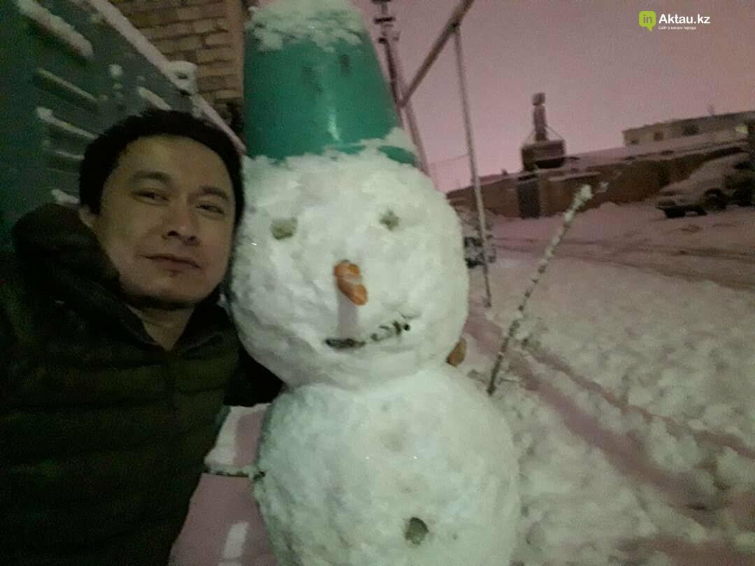 Снеговики и снежные бабы: как актаусцы развлекались 1 января (ФОТО), фото-6