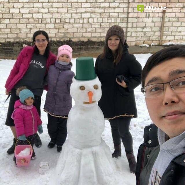 Снеговики и снежные бабы: как актаусцы развлекались 1 января (ФОТО), фото-5