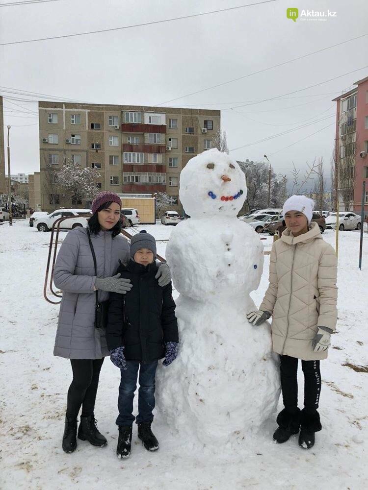 Снеговики и снежные бабы: как актаусцы развлекались 1 января (ФОТО), фото-23