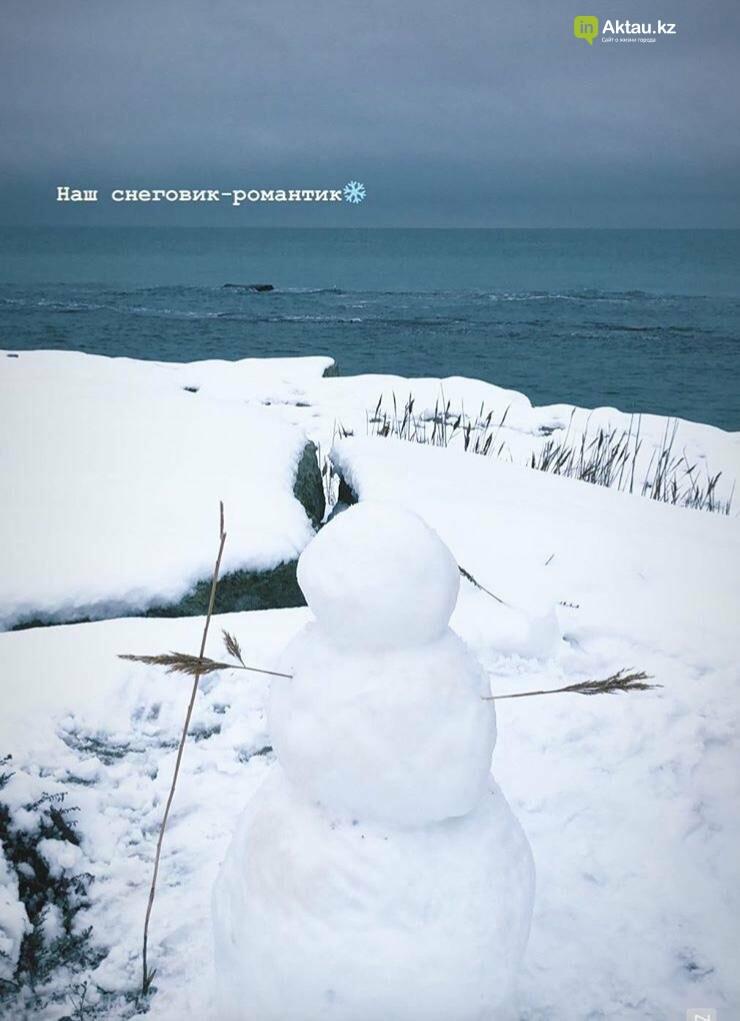 Снеговики и снежные бабы: как актаусцы развлекались 1 января (ФОТО), фото-15