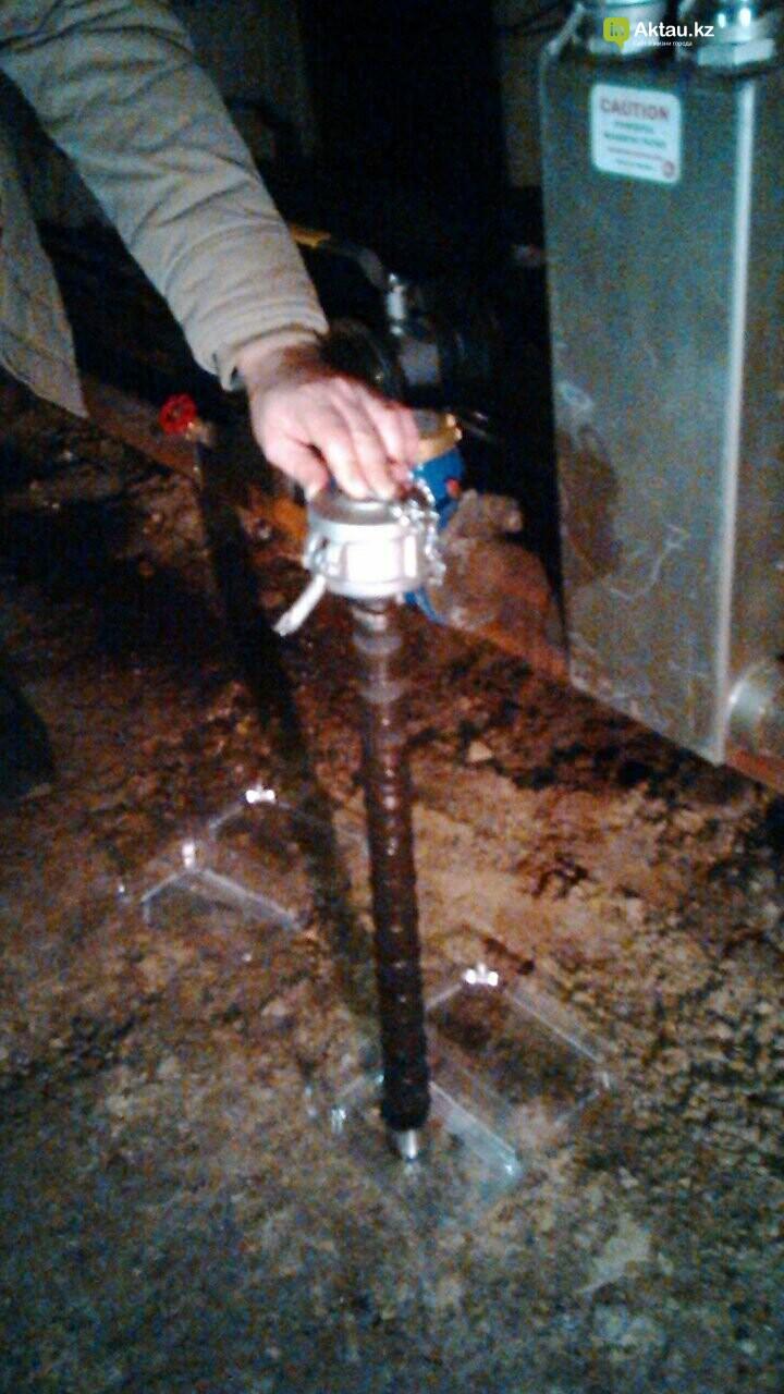 Новейшие технологии: в жилом доме Актау установили магнитный очиститель воды, фото-3