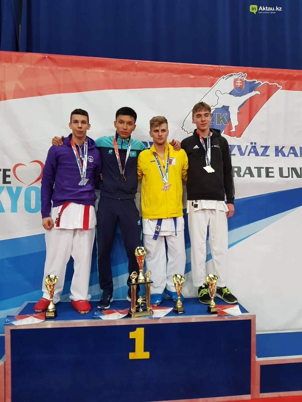 Три медали завоевали мангистауские каратисты в Братиславе, фото-2