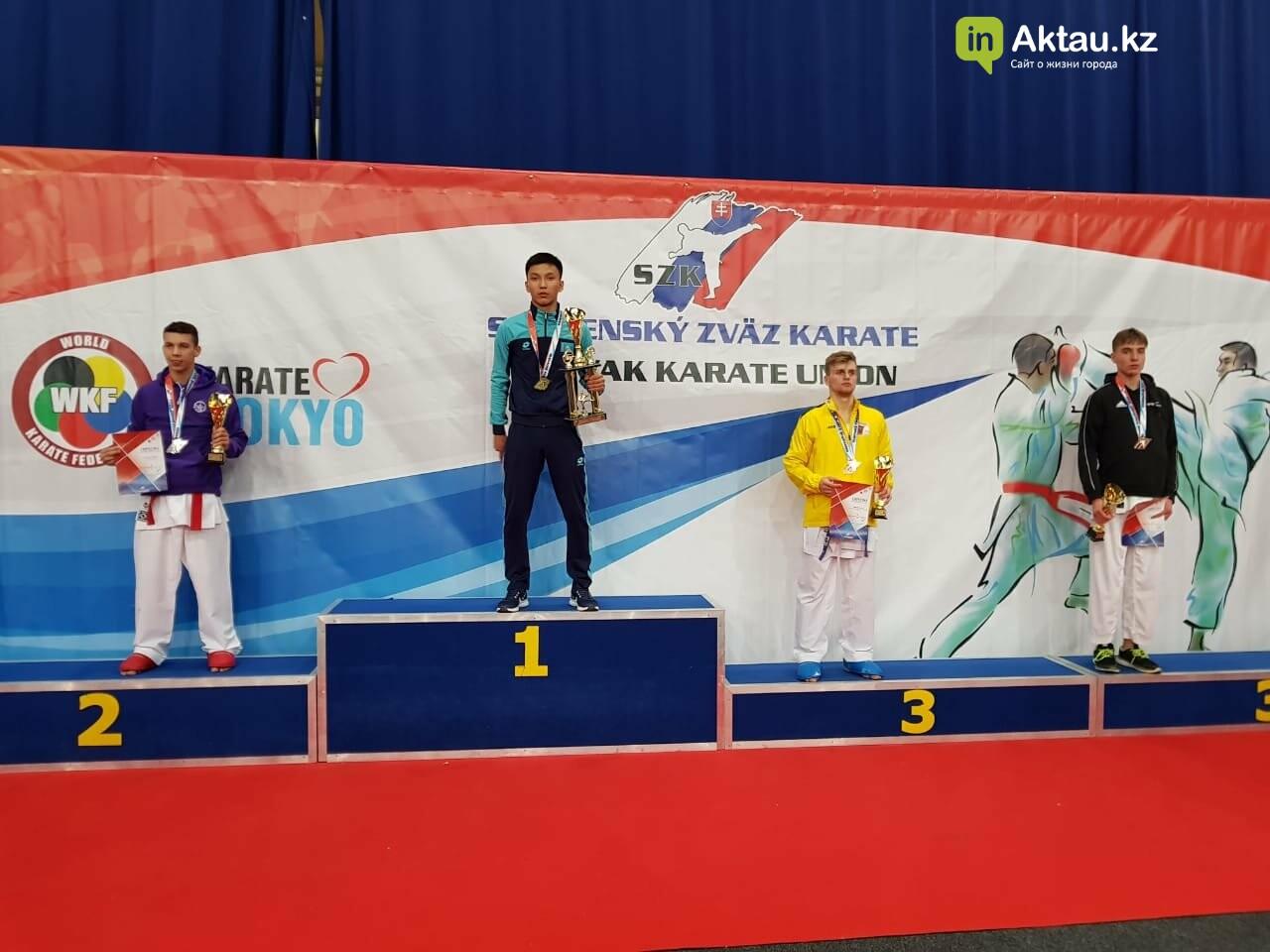 Три медали завоевали мангистауские каратисты в Братиславе, фото-1
