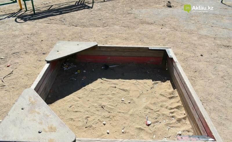 На состояние детских площадок жалуются жители 26 микрорайона Актау, фото-2