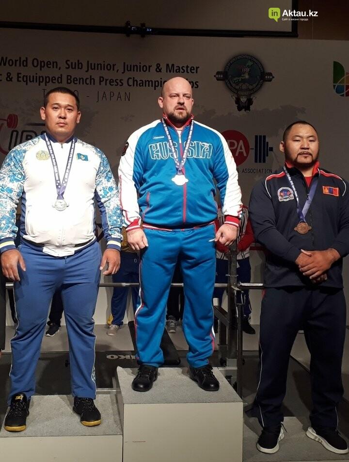 Три медали привезли мангистауские пауэрлифтеры из Токио, фото-4