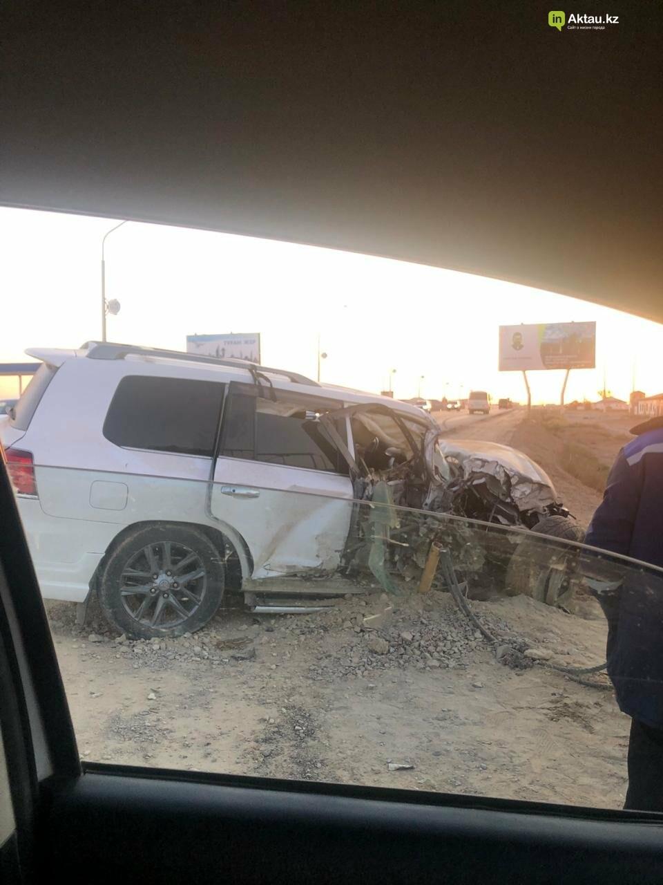 Три автомобиля столкнулись в Жанаозене, фото-3
