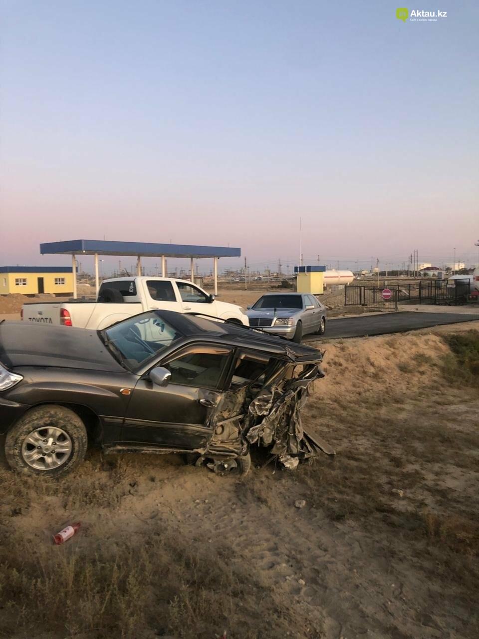 Три автомобиля столкнулись в Жанаозене, фото-2