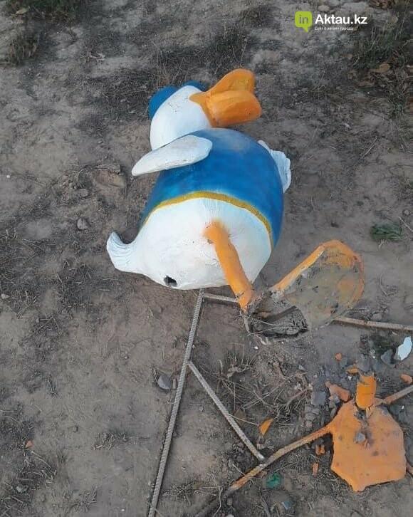 """Установленные в """"Акботе"""" фигурки сказочных героев сломали спустя несколько дней, фото-2"""