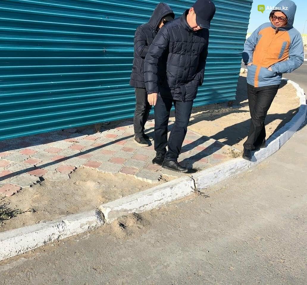 Аким Актау не доволен состояние пешеходных переходов в городе, фото-1