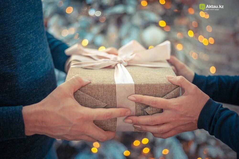 Что подарить маме на Новый год: полезное, милое, теплое, фото-1