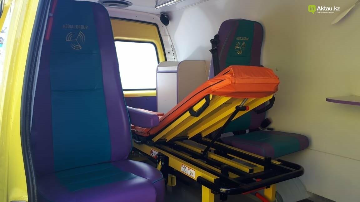 Медики Актау получили новые машины скорой неотложной помощи, фото-1