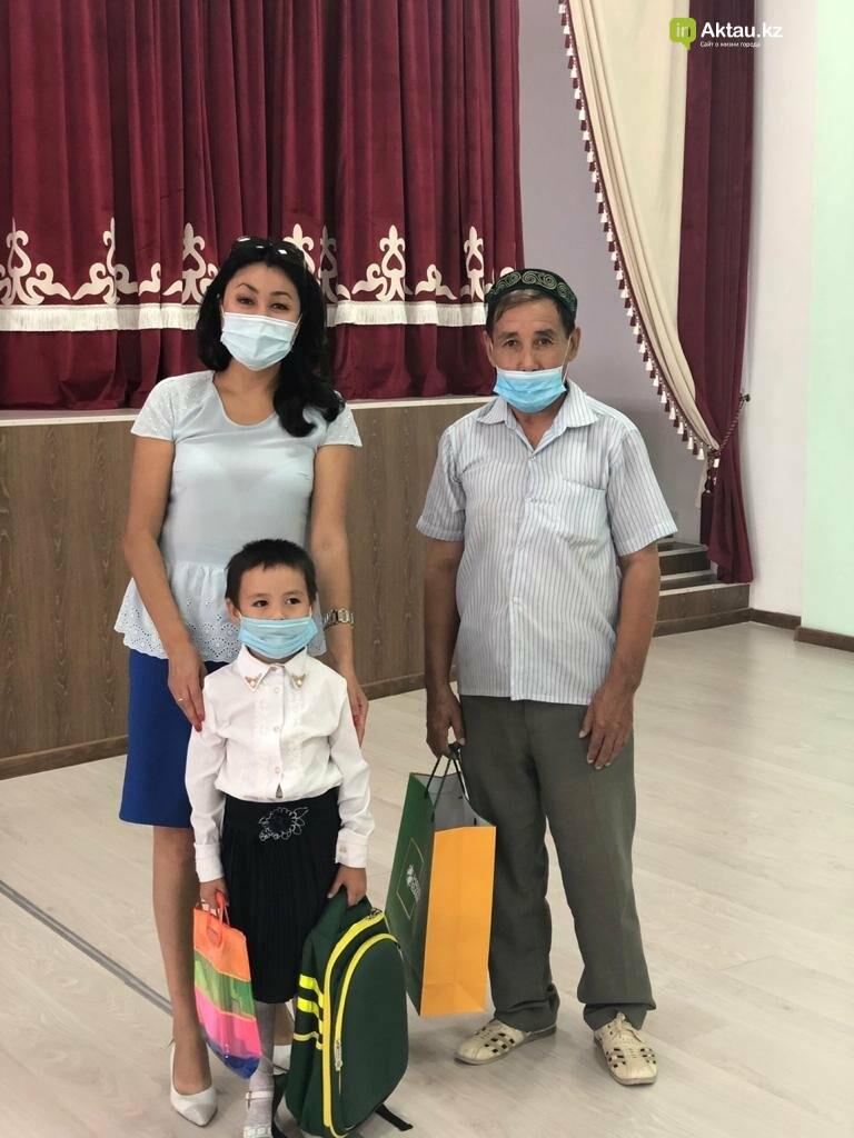 Благотворительный фонд «Халык» дарит подарки , фото-2