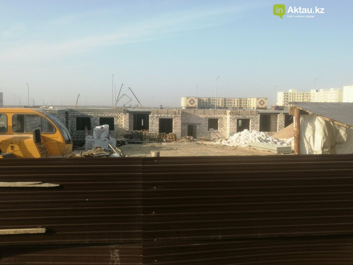 Из 60 строящихся зданий в Актау 15 возводятся без разрешительных документов    , фото-1