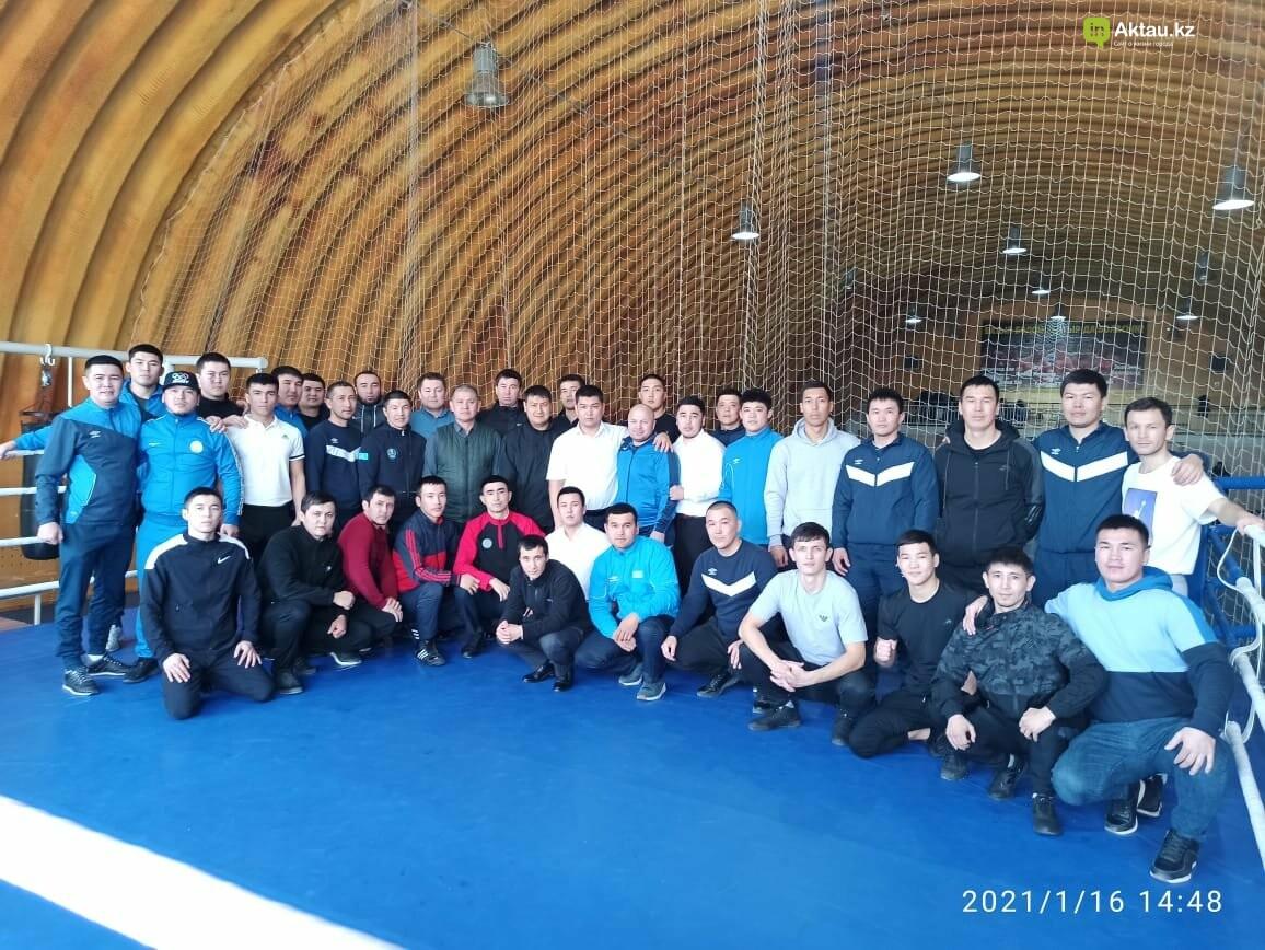 В Актау определили победителей областного турнира по боксу среди юношей, фото-6