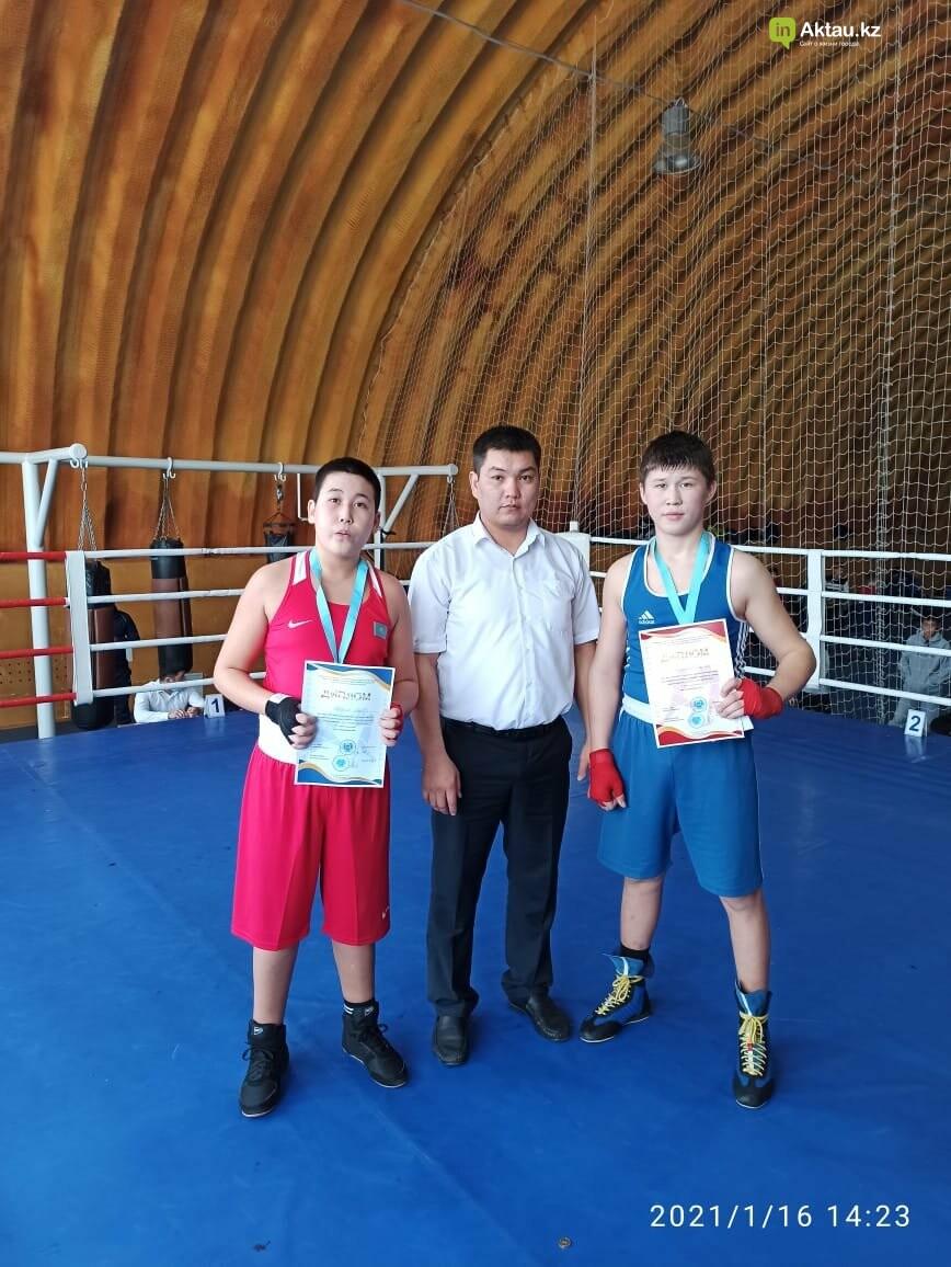 В Актау определили победителей областного турнира по боксу среди юношей, фото-3
