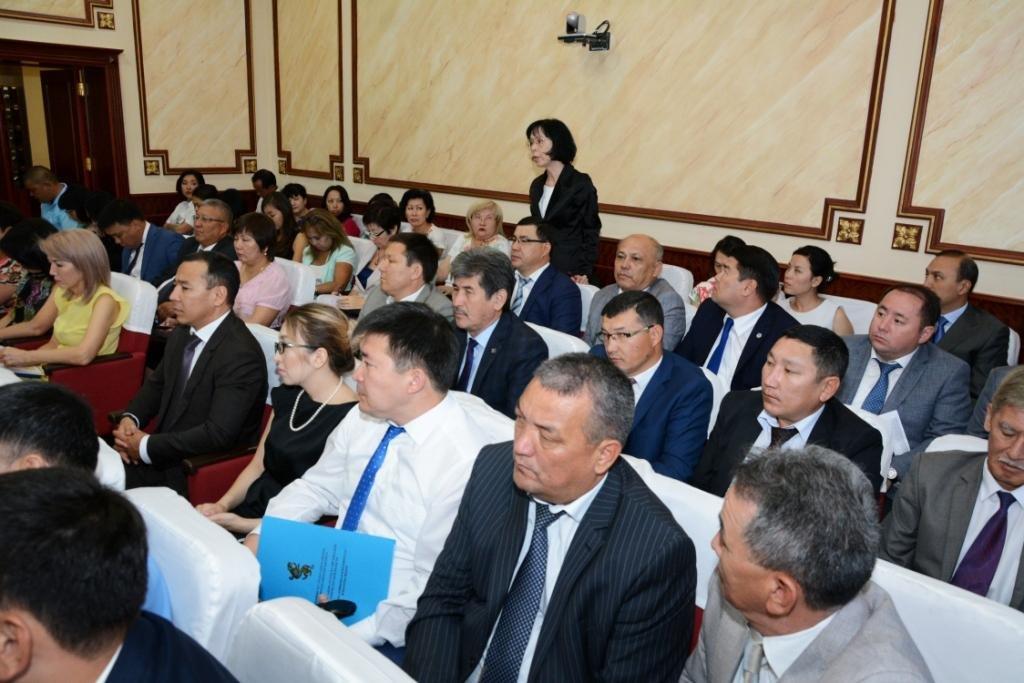Глава Мунайлинского района получил выговор за распределение газа на недействующие заправки, фото-4