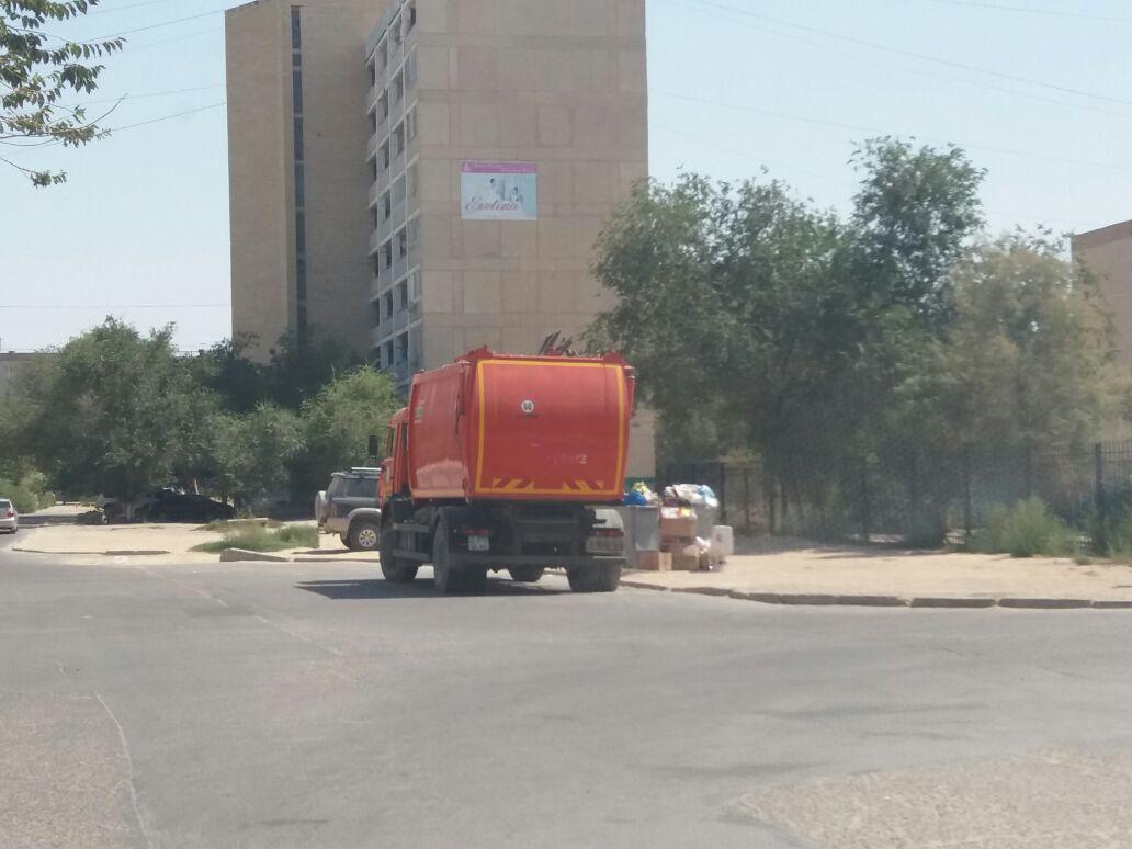 В Актау проблему переполненных мусорных баков связывают с нехваткой сжиженного газа, фото-3