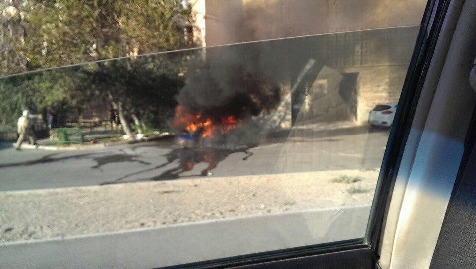 В одном из микрорайонов Актау сгорел автомобиль , фото-1
