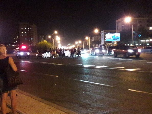 В Актау автоледи спровоцировала аварию (Видео), фото-1