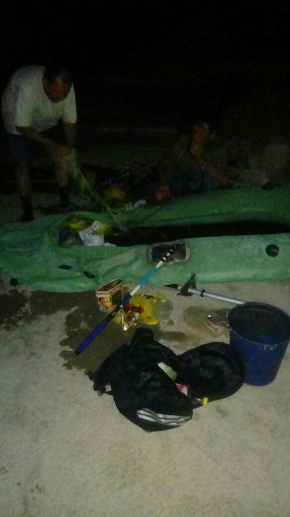В Актау унесло лодку с рыбаками , фото-1