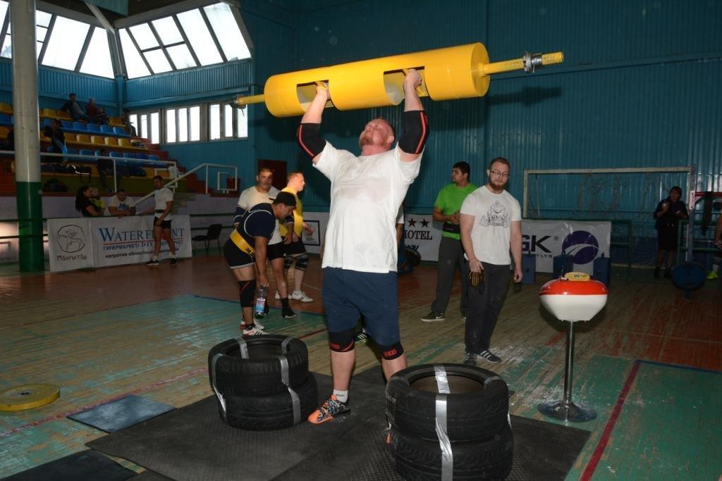 В Актау 11 силачей боролись за победу на чемпионате по Strongman, фото-9