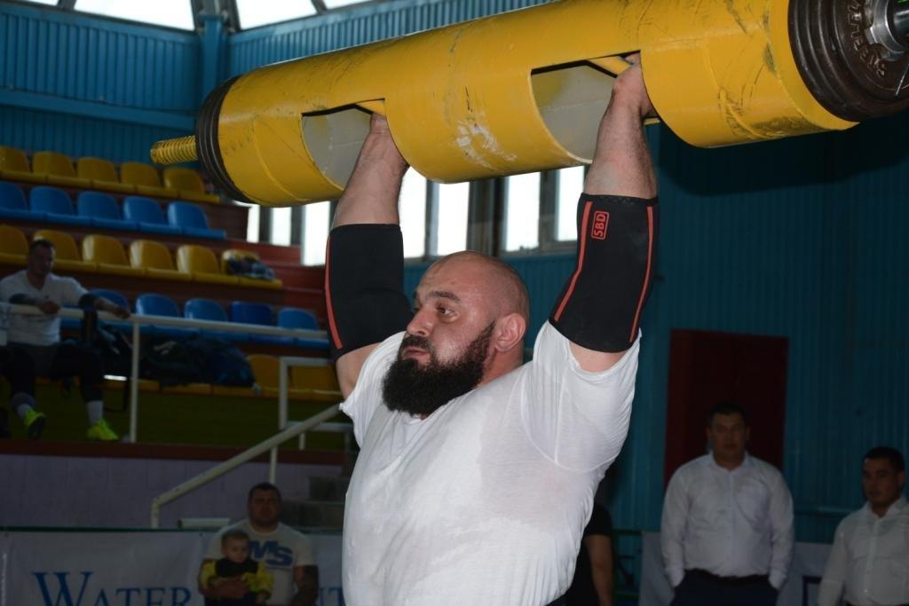 В Актау 11 силачей боролись за победу на чемпионате по Strongman, фото-13