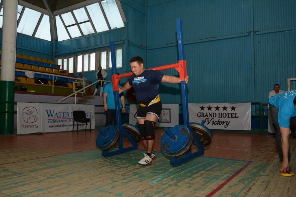 В Актау 11 силачей боролись за победу на чемпионате по Strongman, фото-8