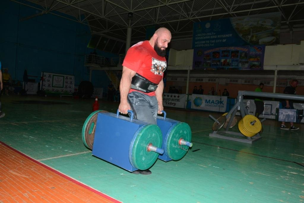 В Актау 11 силачей боролись за победу на чемпионате по Strongman, фото-5