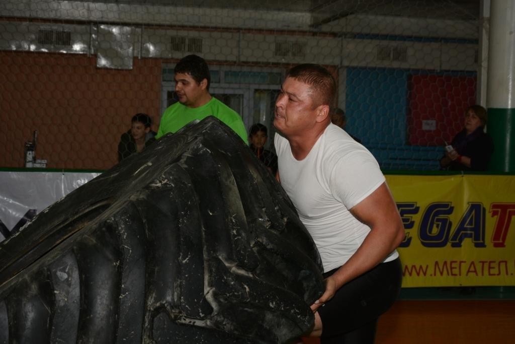В Актау 11 силачей боролись за победу на чемпионате по Strongman, фото-12